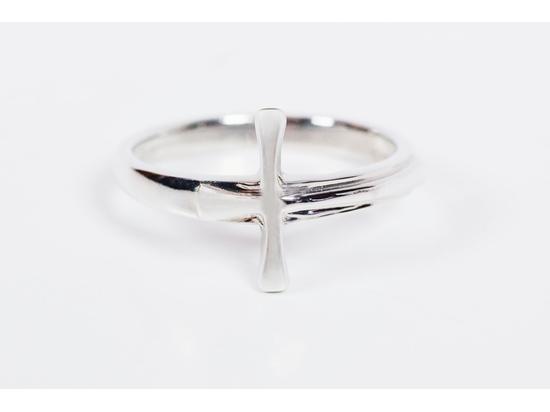 0517 - Maltese Cross Ring