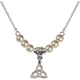 N02 / Faux Pearl Beads<br>5100 - Trinity Irish Knot